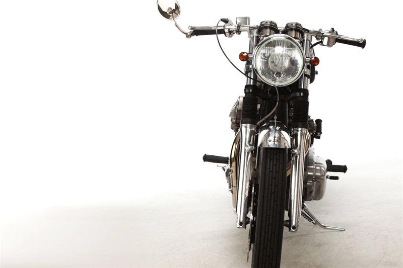 Ретро кастом Motor Rock Kawasaki W650